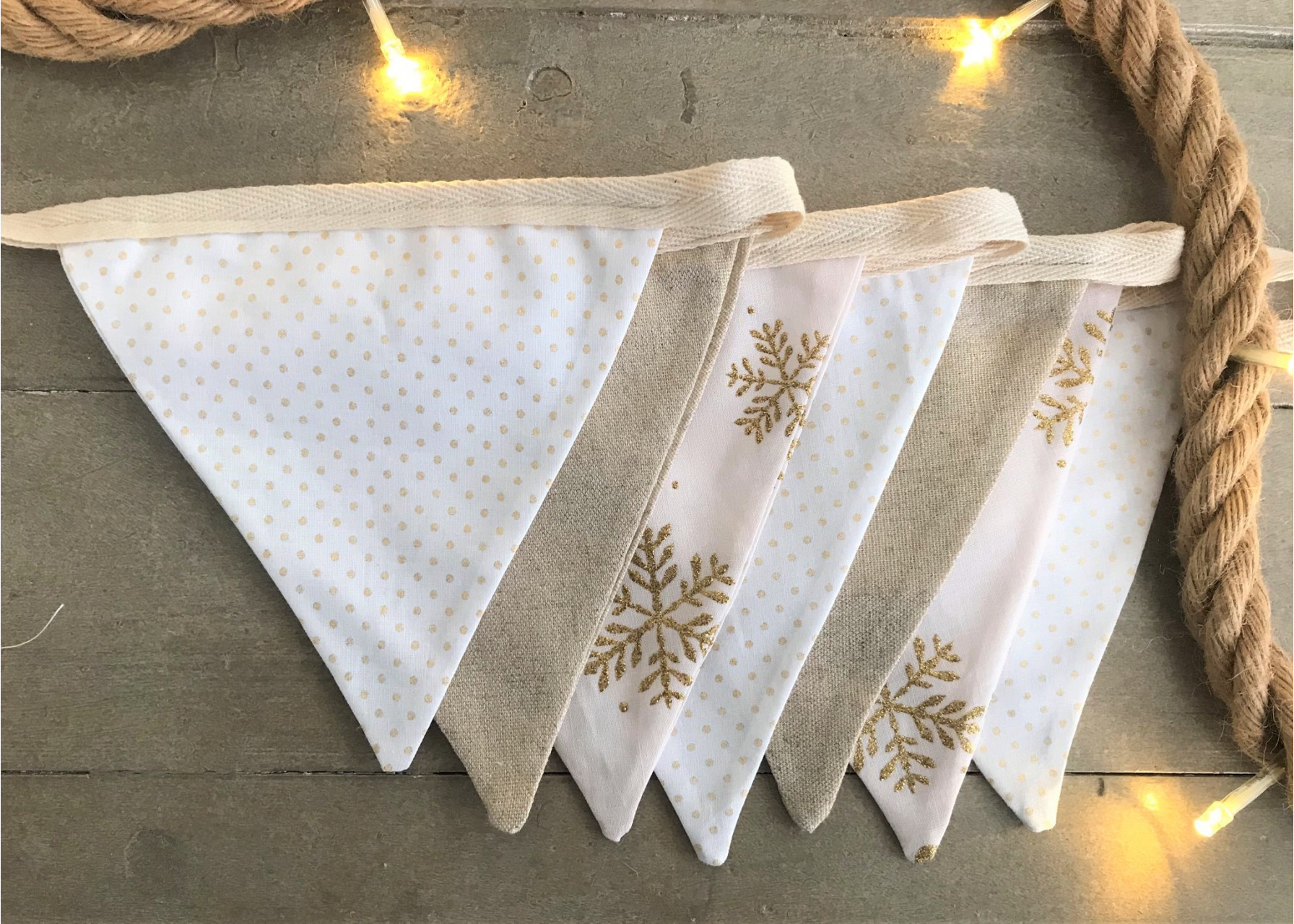 Σημαιάκια / Λευκά Χριστούγεννα