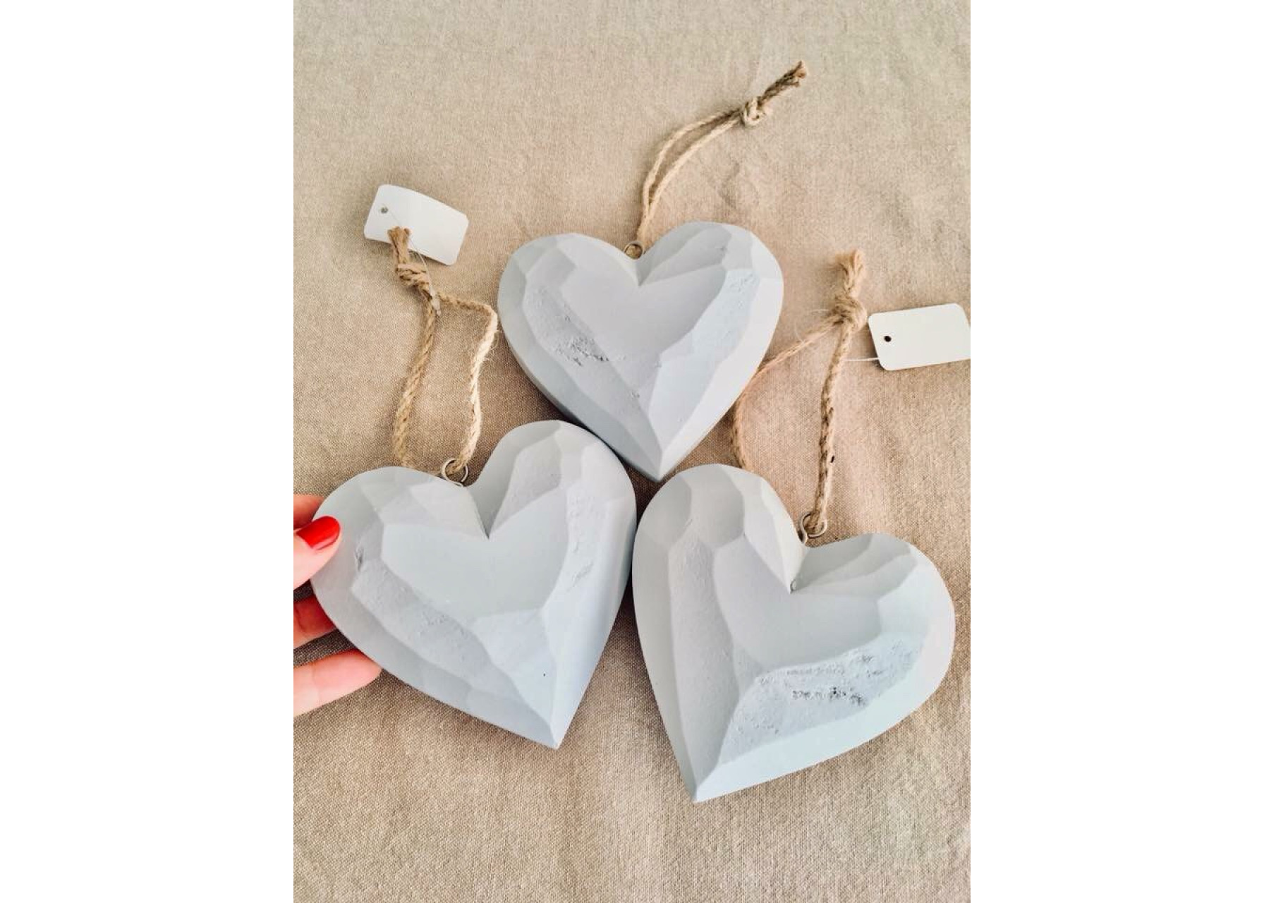 Διακοσμητικές ξύλινες καρδιές