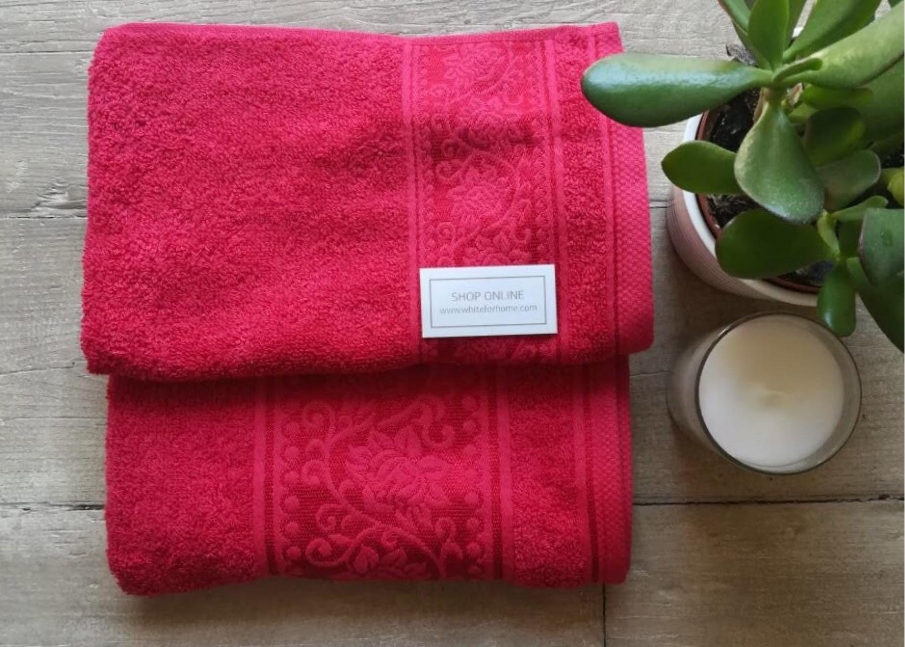 Πετσέτες μπάνιου / Κόκκινη